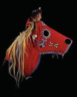 09_mia348_Thaw12_HorseMask